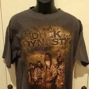 Duck Dynasty t-shirt